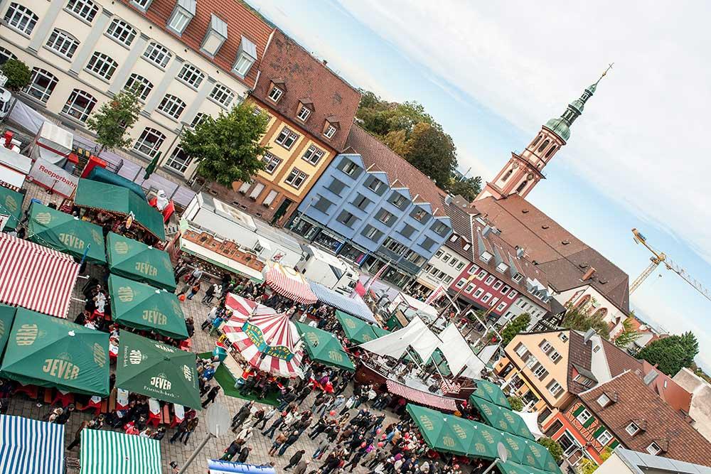 Hamburger Fischmarkt auf Reisen in Offenburg, Foto: Manfred Voth
